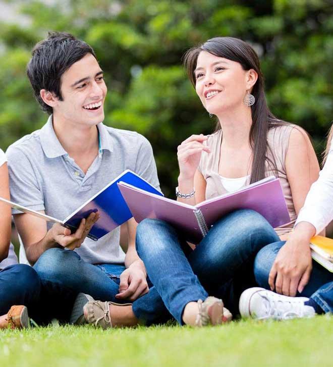 student-studing-at-design-centre-institute-of-creativity-and-innovation-dcici-chhindwara-chhindwara's-best-designing-institute.